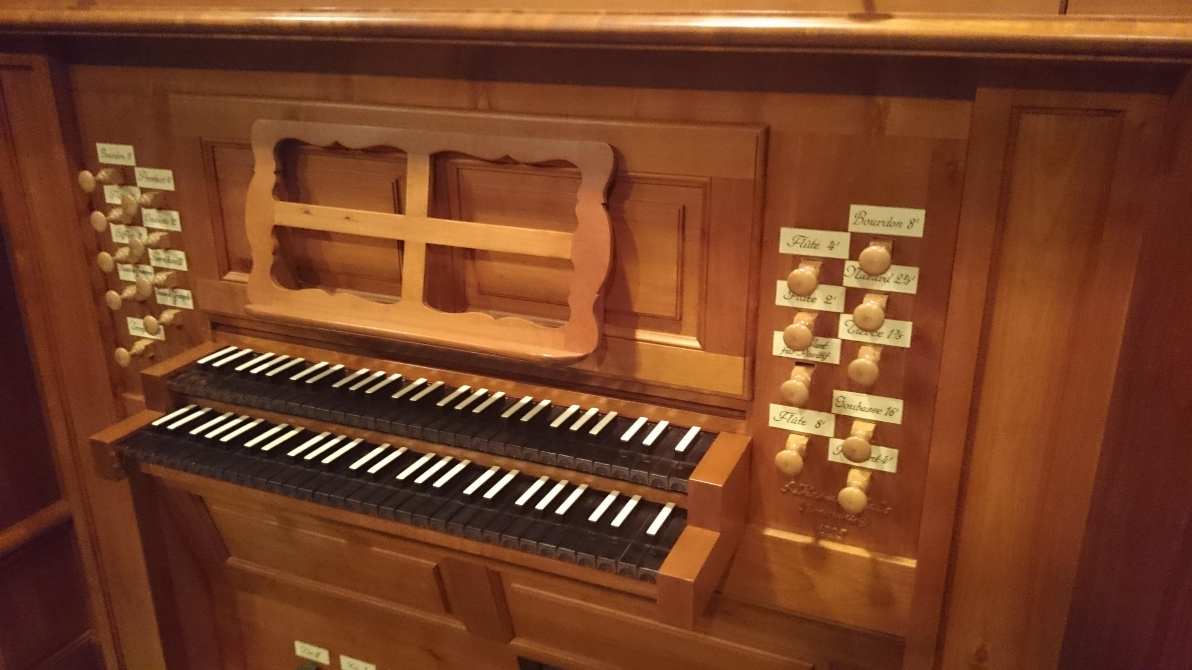console, orgue de l'église de Sakuradai, Tokyo, Japon