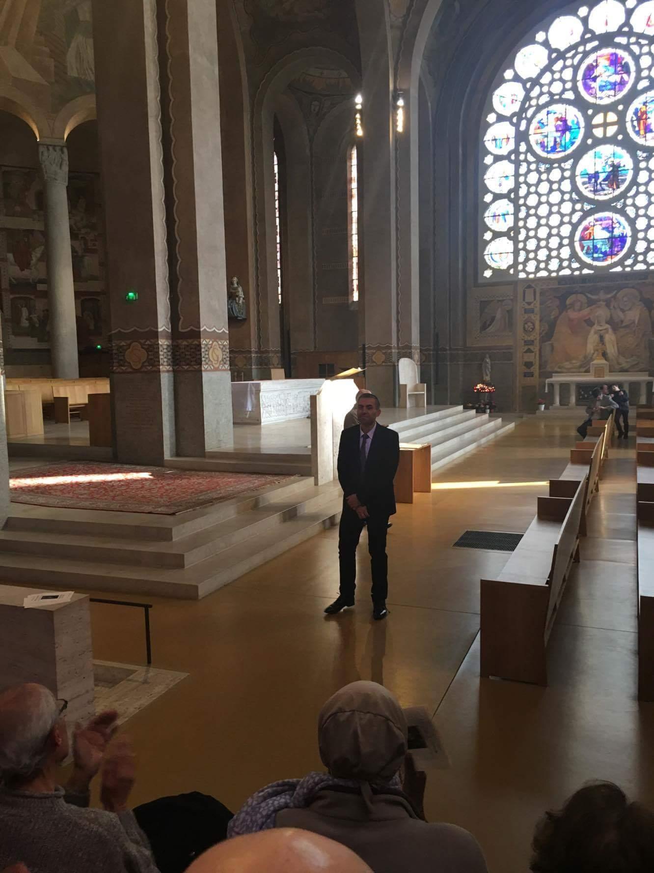 Willy IPPOLITO à la fin du concert le dimanche 26 mars à la Cathédrale de Nanterre